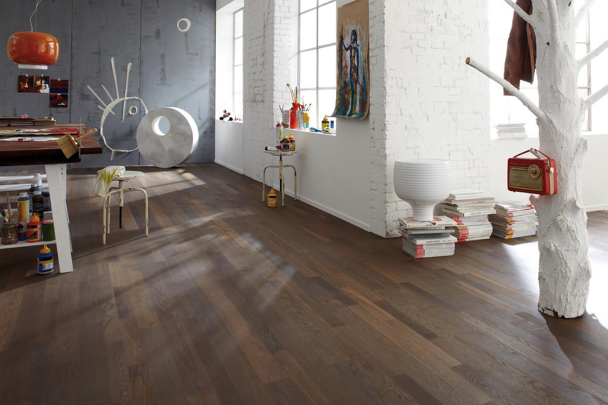 galerie derrer ag. Black Bedroom Furniture Sets. Home Design Ideas
